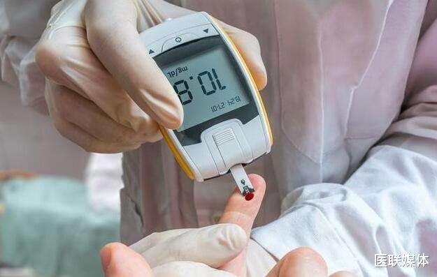 血糖升高怎么办?日常中注意这5点,血糖或许稳稳降