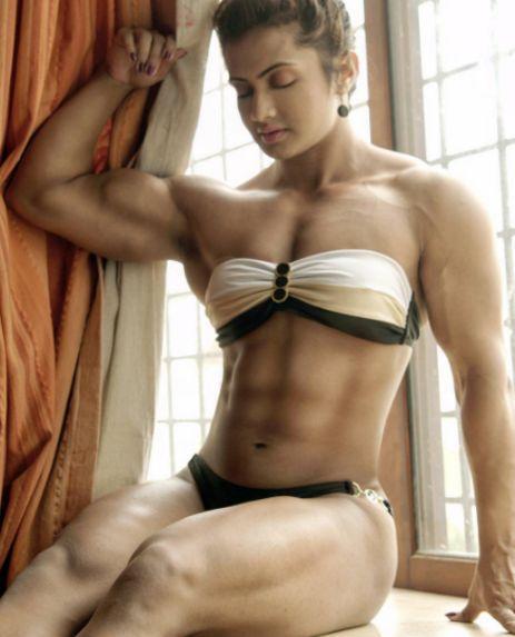 印度男人不敢惹的女人, 20岁就已经一身肌肉, 惹不起!