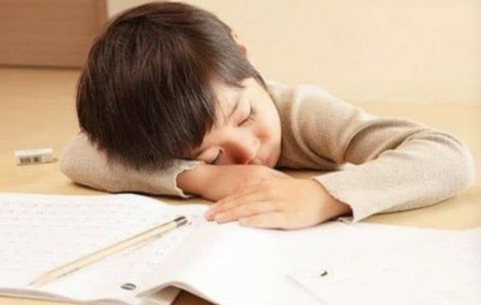 孩子上网课坐不住,到底怎么培养他们的专注力呢