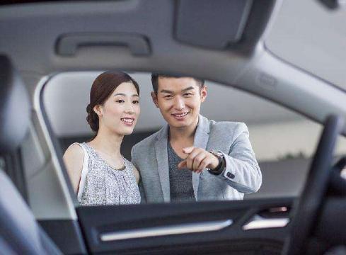 丰田还是大众哪个更好,十万左右的车买丰田还是大众