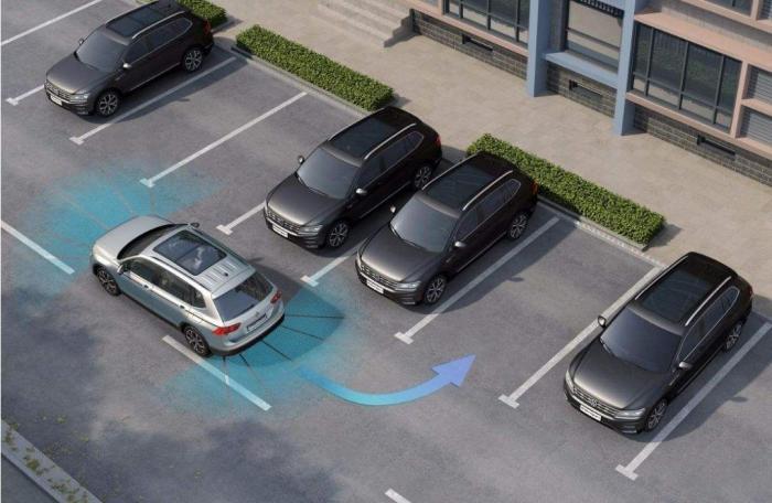 怎样判断车后轮位置,如何判断车轮位置