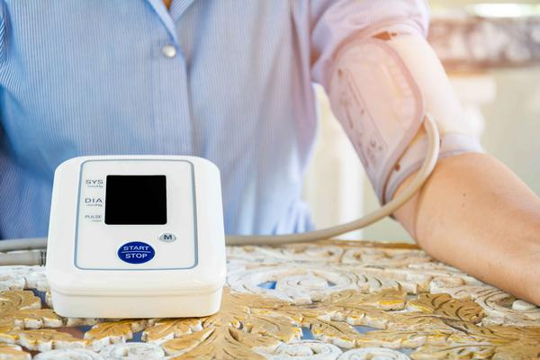 高血压会不会遗传给下一代?医生透露细节,家长又该担心了
