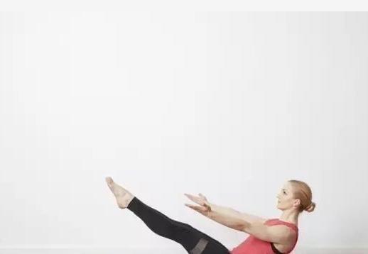 练瑜伽核心没力?一组锻炼强化腹部核心,甩掉多余赘肉!超舒服
