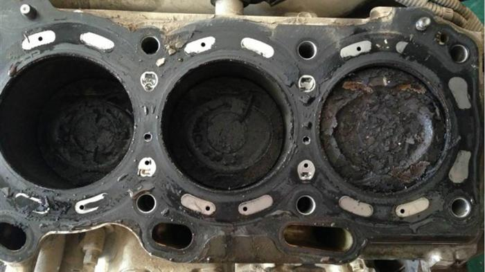 汽车发动机积碳怎么清除,发动机积碳