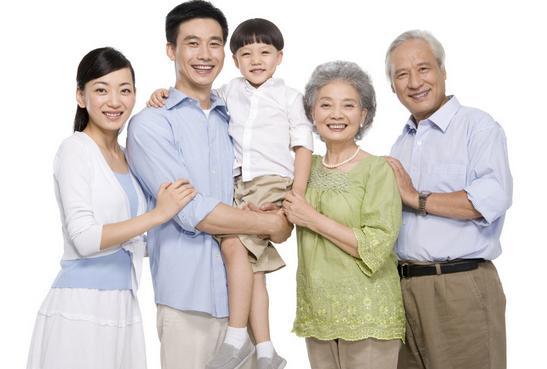 老年白癜风患者穿衣服要注意什么?