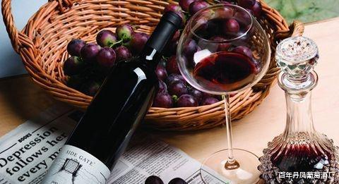 葡萄酒具备哪些美容养颜的功效你知道吗?