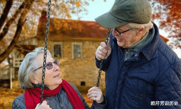 3000名百岁老人调查:决定人寿命长短的不是吃和运动,而是这些