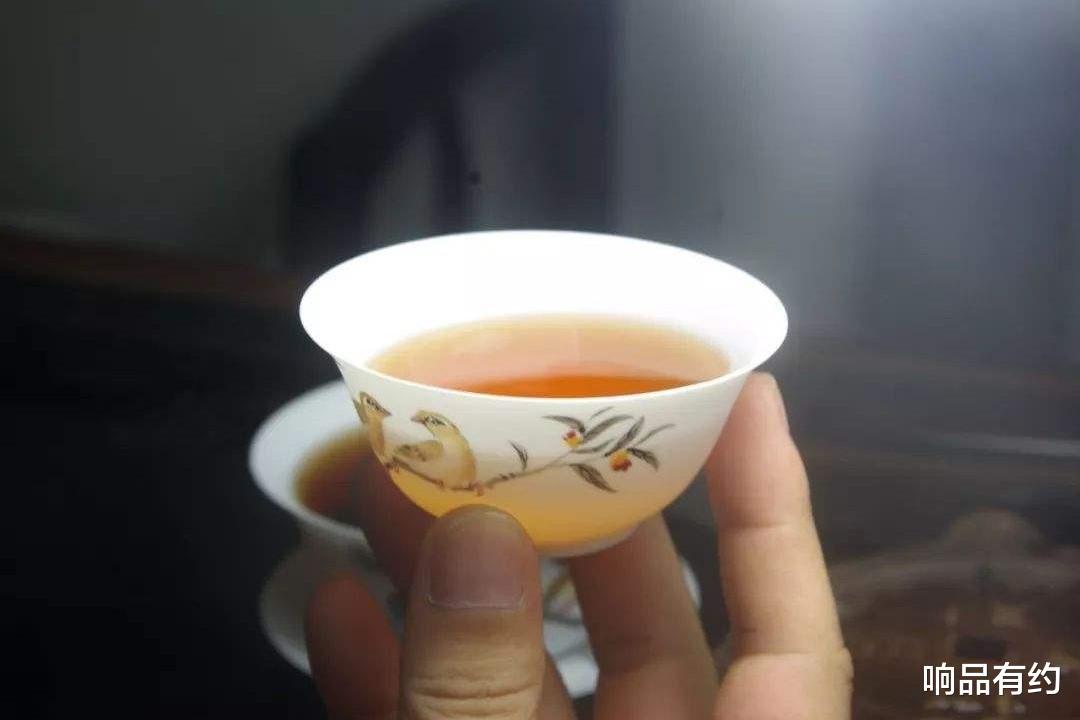 """隔夜茶可以喝吗?有的""""隔夜茶""""真的适合隔夜喝!"""