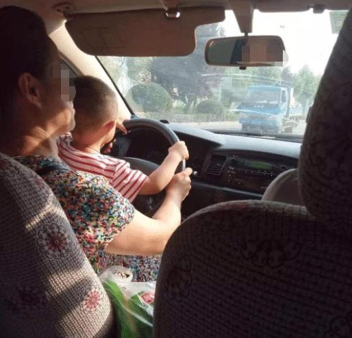 女司机的最高年龄,女司机驾照到多少岁