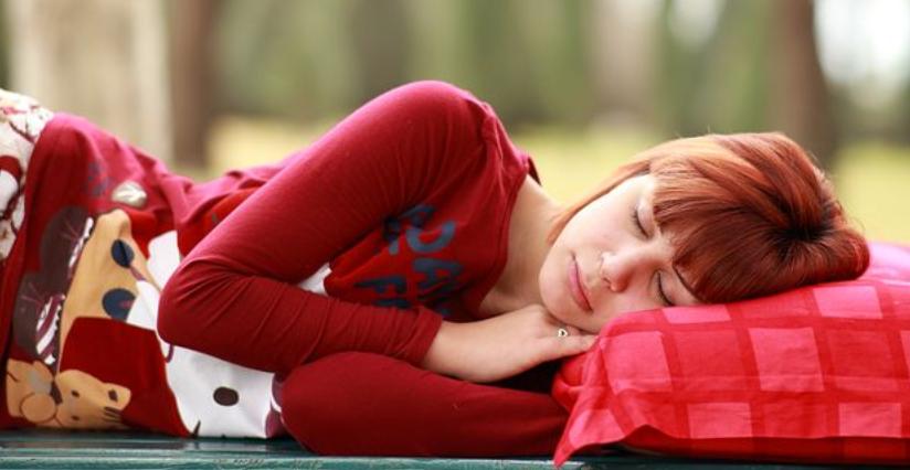 颈椎病分6种你是哪一类?简单4招教你选枕头护颈!