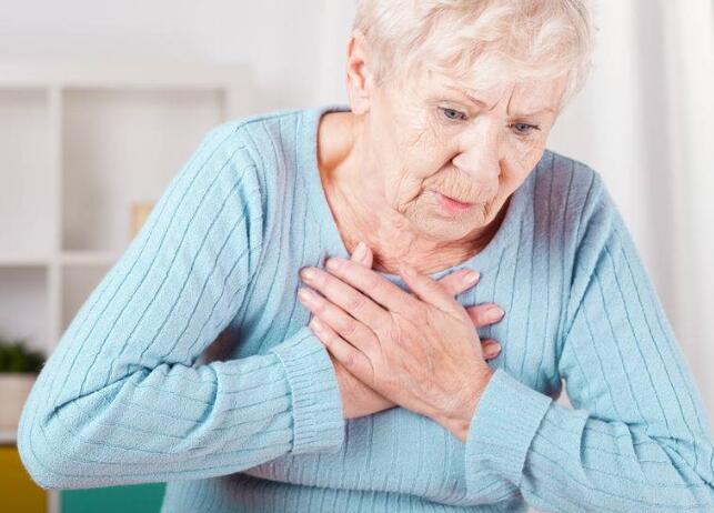 胸痛并非小事,当心会致命!当这4种胸痛发生时,赶紧就医