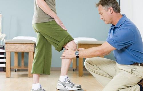 运动过后膝盖疼是怎么回事? 运动过量膝盖疼怎么办?
