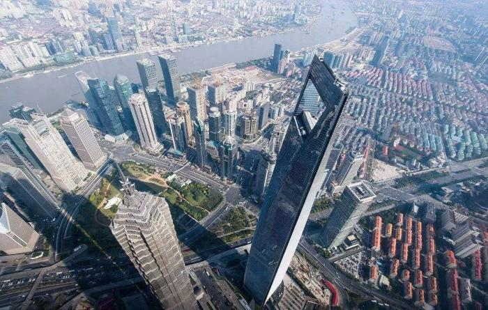 西方害怕中国崛起是因为什么?英国学者:在害怕历史