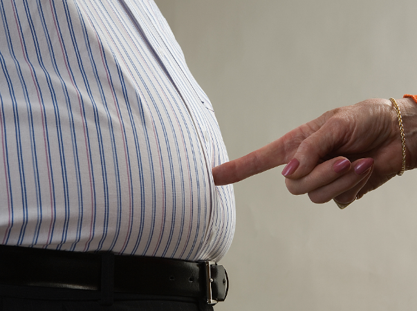 不能忽略肥胖的危害,管住嘴迈开腿