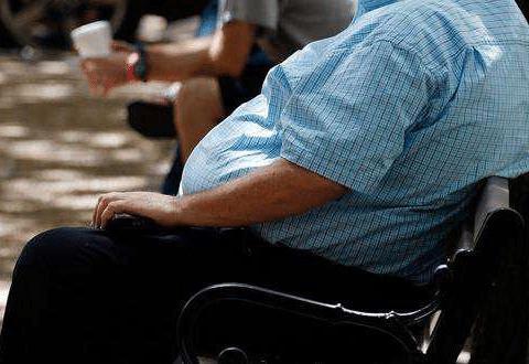 老年痴呆死亡率排第4,独居肥胖成高危因素,两个方式常保脑年轻