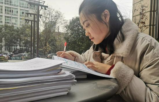 2021年各省市高考成绩查询时间出炉,学生估分有必要,报考需谨慎