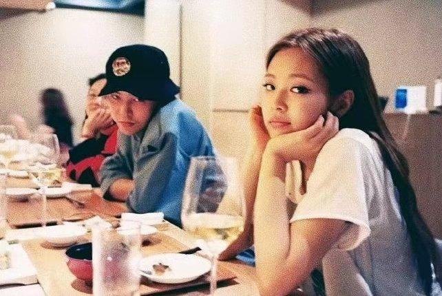 网曝GD权志龙与JENNIE恋爱一年成焦点!这一波热度能否带活国内韩娱?