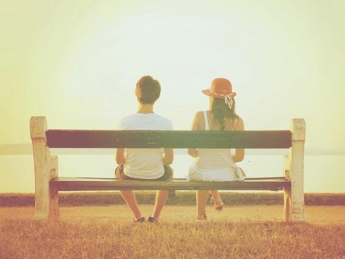 一见钟情和日久生情哪种爱情才更真实?