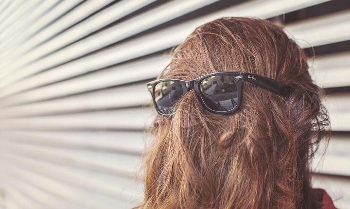 如何看待戴假发这种行为?不脱发也可以戴