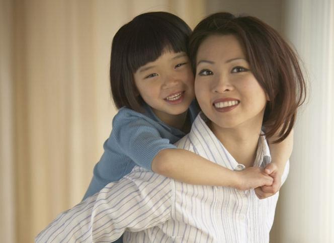 六旬老人揭示老年辛酸:孩子有出息未必是好事,养儿不防老