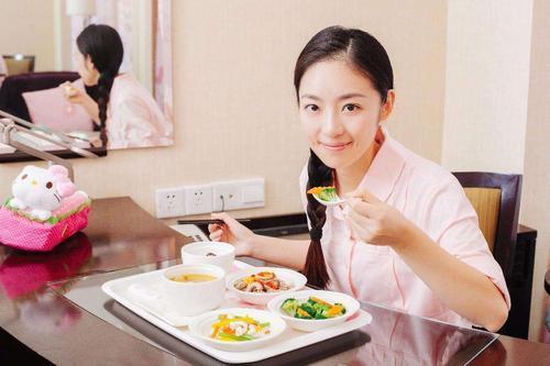天天吃鸡蛋好不好?天天吃鸡蛋,会不会有损人体特别是心脏健康?