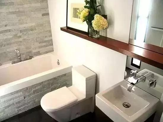 卫生间没有窗户怎么办?原来聪明人都是这么做的!
