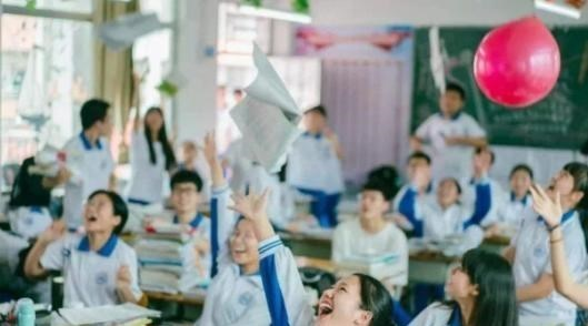 深圳中学教师入职名单曝光!豪华阵容引起热议,想当老师太难了