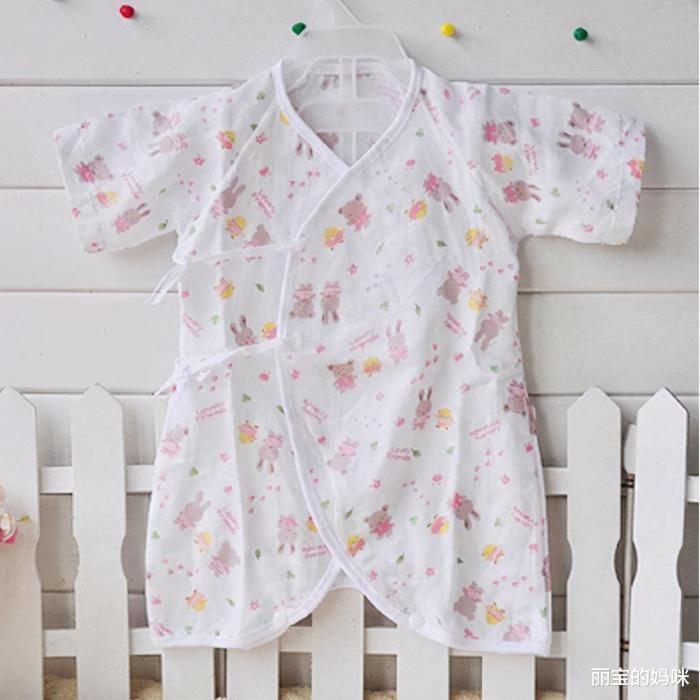 新生儿宝宝的衣服该如何准备?样式、挑选技巧,准妈妈心里要有数