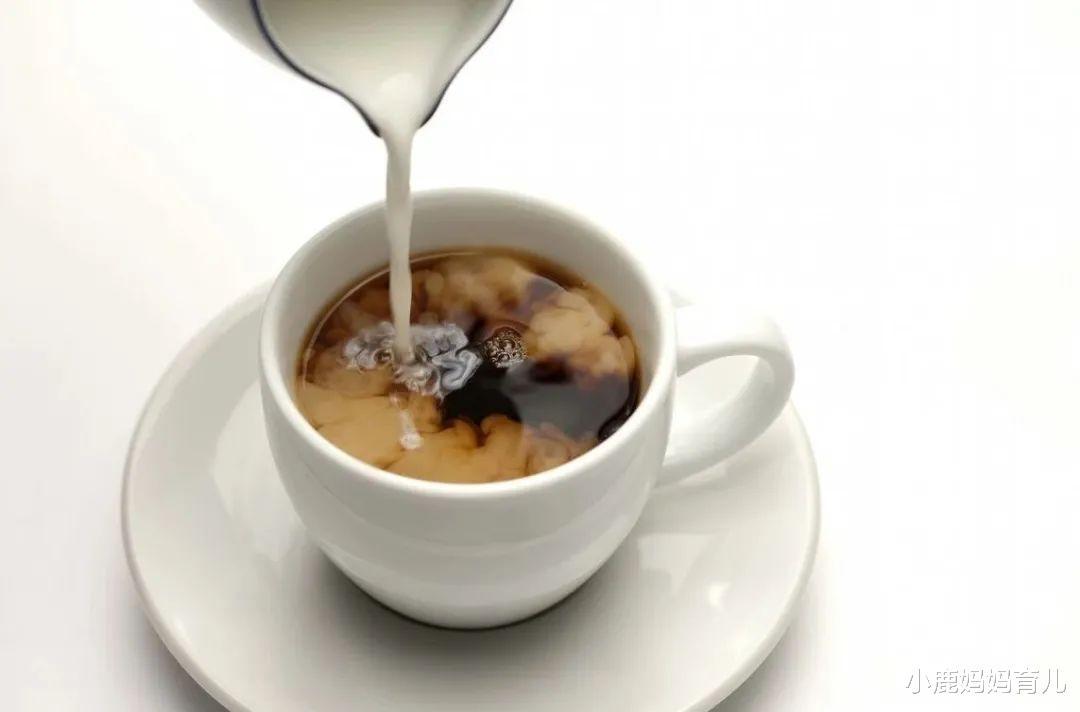 每天喝奶茶对身体好吗?专家提醒:爱喝奶茶的人,要知道这3件事