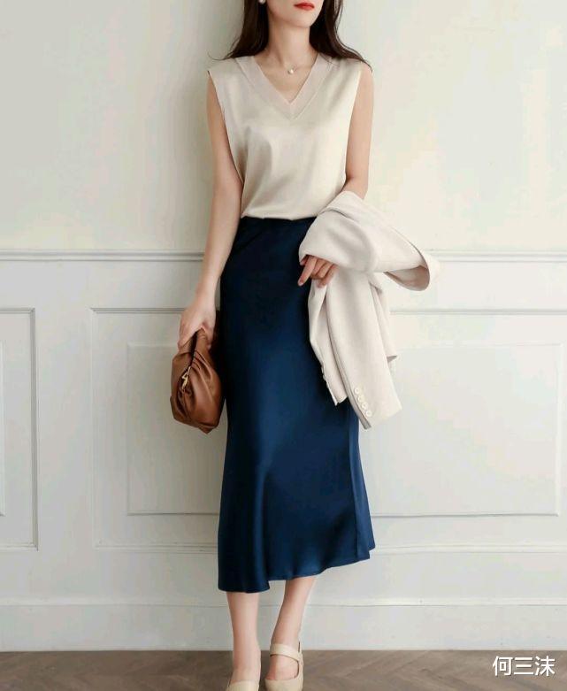 简洁大方的服装穿搭就是不一样,不仅突出了自身的气质,还很时髦