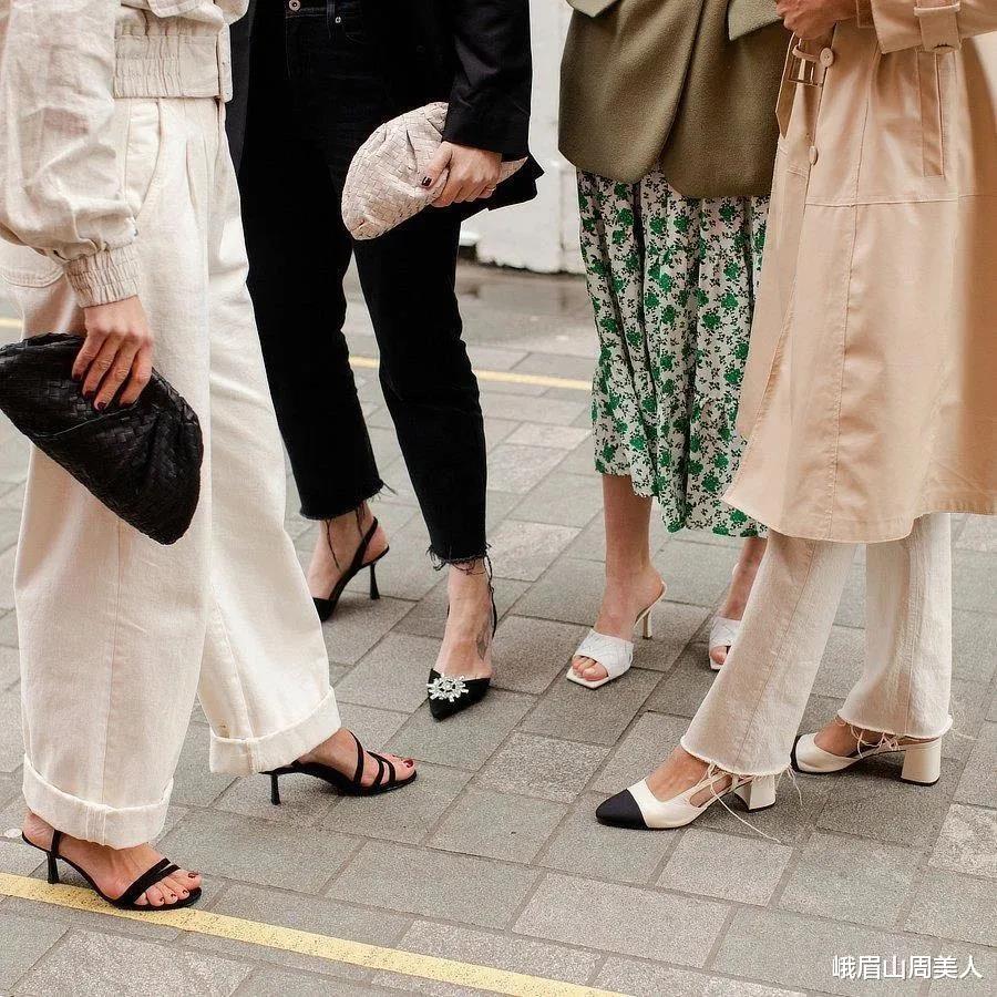 夏天穿阔腿裤,就别配小白鞋啦,今夏这三双鞋与阔腿裤更合拍