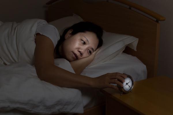 秋季总是失眠睡不着该怎么办?牢记这4要点帮你拥有高质量的睡眠