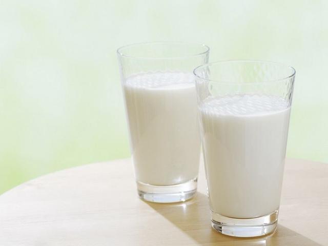 骨头汤能补钙?高钙牛奶更补钙?医生:领钙入骨才是关键