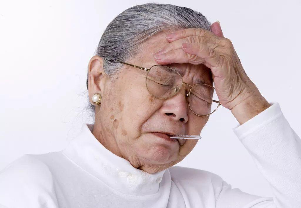 脑梗患者要小心:脑梗塞再次复发时,或会出现以下这5个信号