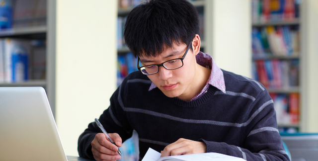 考研成绩过往年线就稳了?小心国家线上涨,聪明的考生都这样做