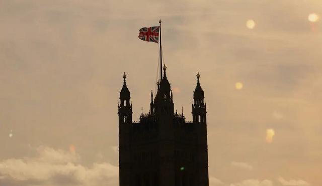 2021年英国留学最新入境指南, 这些材料需要提前准备!