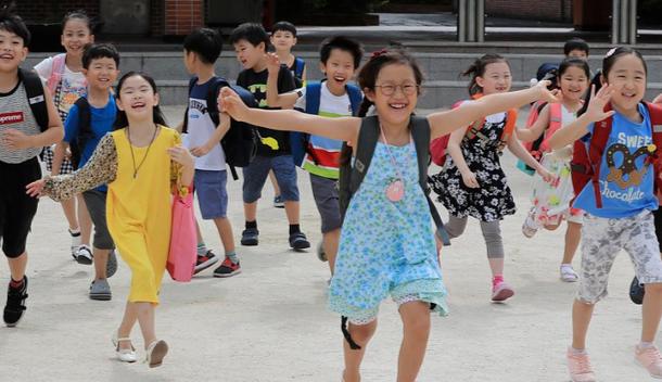 教育部最新通知,中小学2021暑假时间已确定,家长却开心不起来
