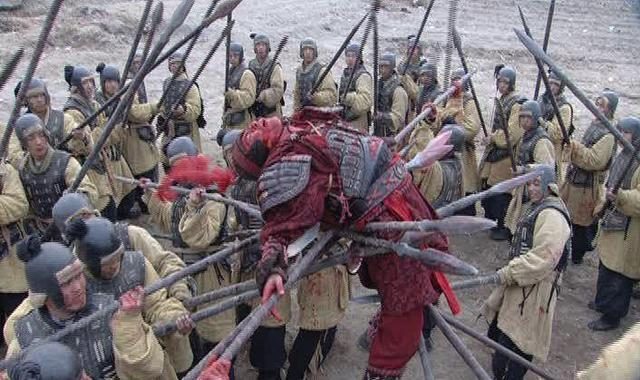 楚汉争霸第61关 为什么春秋战国可以厮杀几百年, 而却