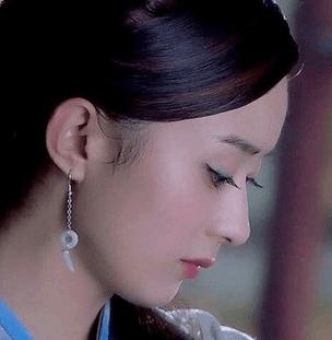 古装侧脸美女排行榜, 赵丽颖最后, 迪丽热巴只能到第三, 第一名美若天