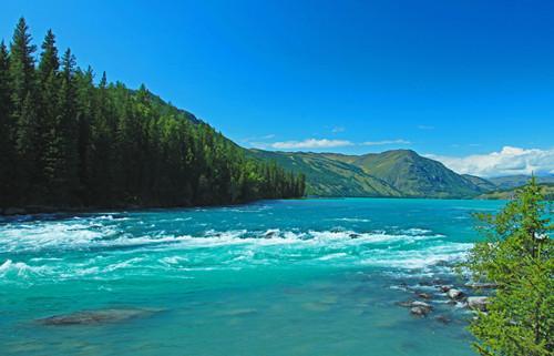 就因很少有人去打扰, 被《中国国家地理》评为最美湖泊?