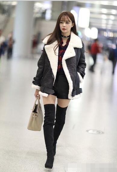 沈梦辰机场街拍 穿衣风格好像模仿杨幂