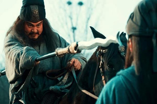 《三国演义》刘备,关羽,张飞和诸葛亮四个人里面谁最坏?