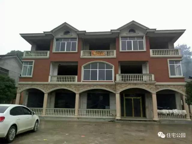 10省农村别墅大比拼,福建最土豪,湖北最一般