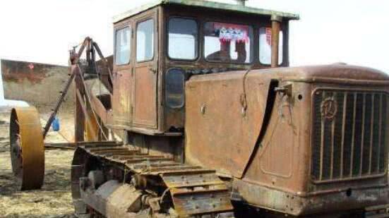 拖拉机厂也能造坦克? 只需备足这个必要条件, 航母配件都不成问题!