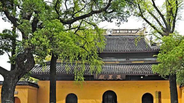 最有良心的寺庙, 主动申请撤离4A级景区的称号, 门票降至5元