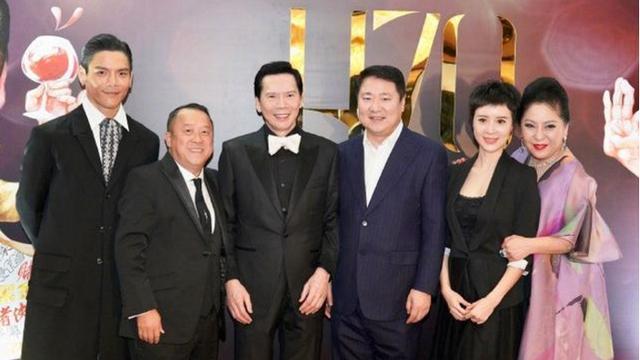 向华强70岁大寿群星汇聚, 堪比电影节, 香港大半个娱乐圈都来了