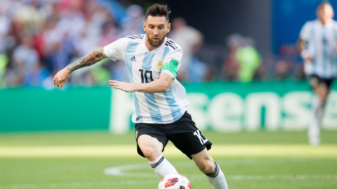 回归国家队? 梅西会面阿根廷足协主席谈了些什么