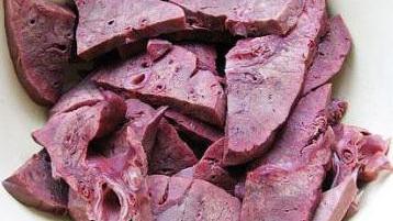 肺癌晚期宜食百合猪肺汤
