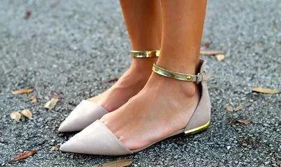 平底鞋不一定健康,这些伤脚的鞋子,女人们最好少穿
