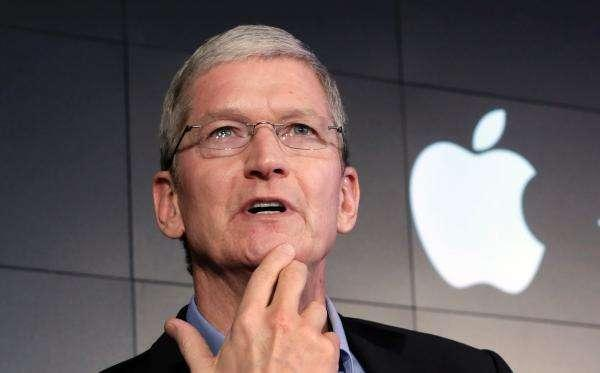 苹果CEO的一天:3:45起床 每天读800封邮件